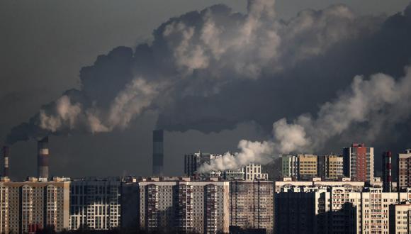 Es necesario quintuplicar los actuales esfuerzos de reducción de gases de efecto invernadero. (Foto: EFE/ Maxim Shipenkov)