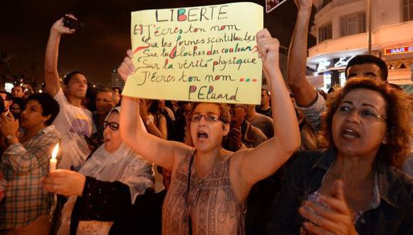 """""""Llevar vestido no es delito"""", claman las mujeres en Marruecos"""