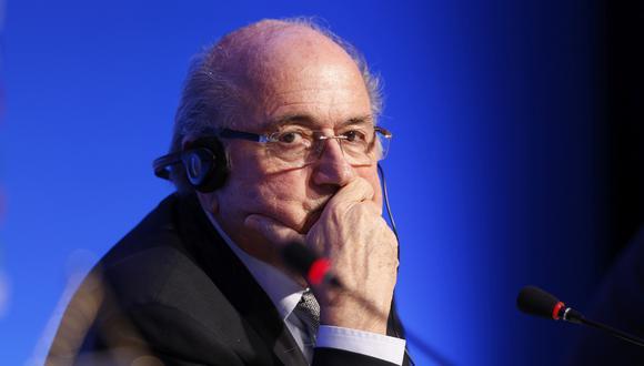 """Ex presidente de la FIFA, hoy sancionado, Joseph Blatter aseguró que """"fue un alivio"""" dejar el cargo e iría invitado a Rusia 2018. (Foto: AP)"""