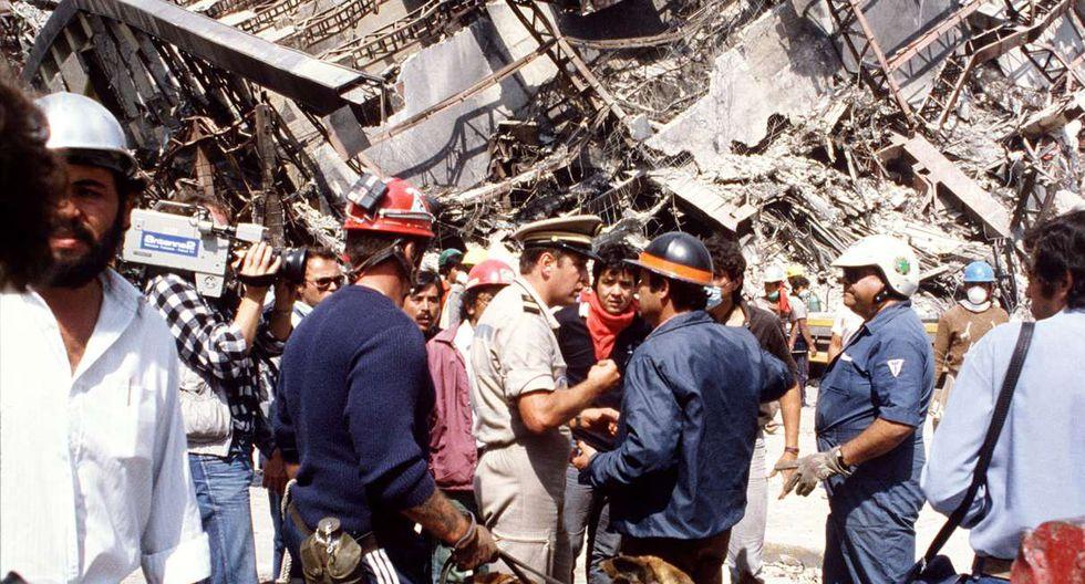 19 de setiembre de 1985. Un devastador terremoto de magnitud 8,1 con epicentro en la costa del Pacífico sacudió a gran parte del país y dejó en ruinas una amplia zona de Ciudad de México. (DERRICK CEYRAC / AFP).