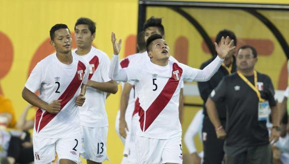 Perú venció 2-0 a Canadá en despedida de Toronto 2015