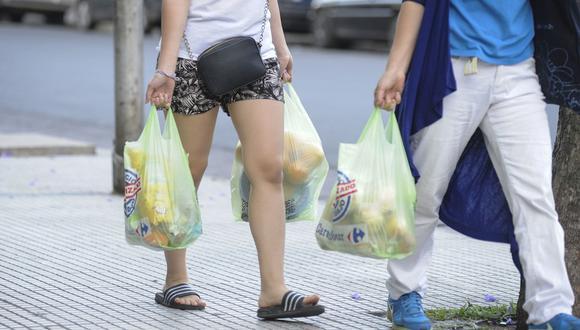 La ley de plásticos (Ley Nº 30884) fue aprobada el 5 de diciembre por el pleno del Congreso de la República y publicada el 19 de diciembre. (Foto: Difusión)