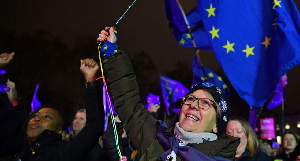 Brexit: Las fotos de la celebración de quienes se oponían al acuerdo de la separación de Reino Unido de la Unión Europea propuesto por Theresa May. (AFP)