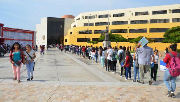 Orestes Cachay comentó que el año pasado los 140 mejores alumnos de San Marcos viajaron a la Universidad de Harvard (EE. UU.), donde fueron capacitados en temas de liderazgo y que este año irán otros 135 alumnos.