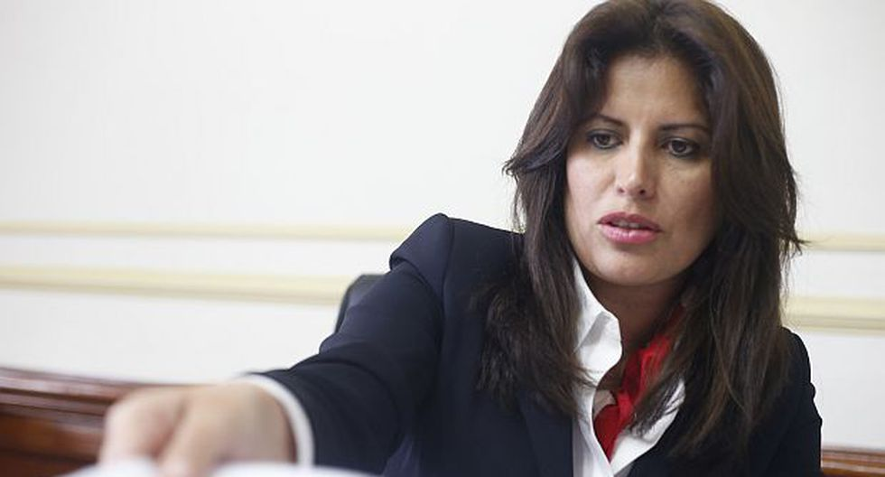 Preinforme recomienda investigar a Omonte en Comisión de Ética