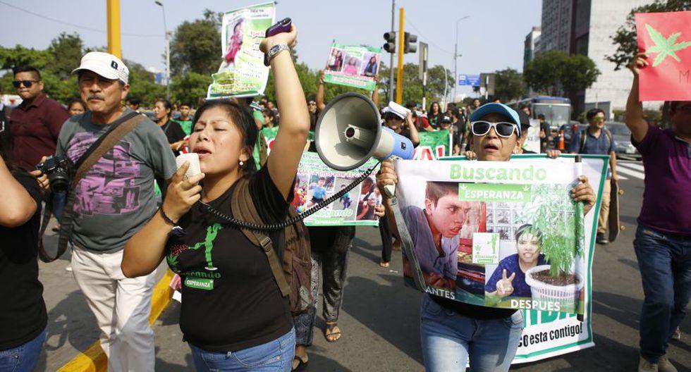 Marihuana: con bombas lacrimógenas PNP dispersó marcha - 4