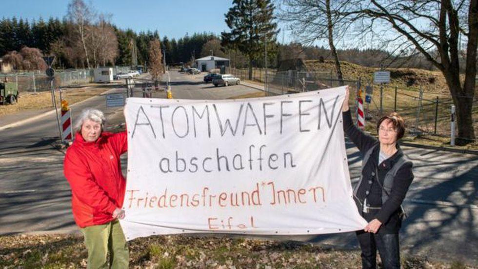 La base aérea Büchel, en Alemania, también alberga bombas nucleares B61. Foto: Getty images, vía BBC Mundo