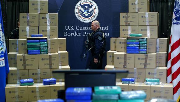 Impulsada por Colombia, producción de cocaína marcó récord mundial en el 2017, según la ONU. En la imagen, la policía muestra la incautación récord de cocaína en Filadelfia. (AFP).