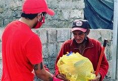 Reimond Manco salió a las calles de Lurín a repartir alimentos a los más necesitados | VIDEO