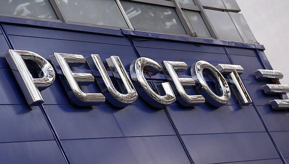 Peugeot busca startups para compensar amenaza de Silicon Valley