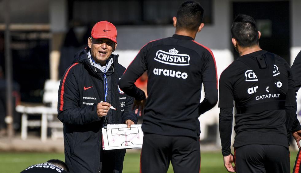 El técnico colombiano decidió no convocar a Claudio Bravo y Marcelo Díaz para el certamen continental. Alexis Sánchez está descartado para el amistoso ante Haití. (Foto: AFP)