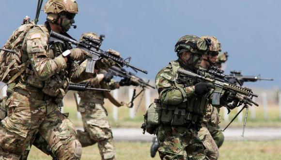 Paracaidistas de la 82 División Aerotransportada del Ejército de Estados Unidos se unen a comandos del 2º Batallón de Fuerzas Especiales del Ejército de Colombia. (Foto: ArChivo/REUTERS / Jonathan Drake).
