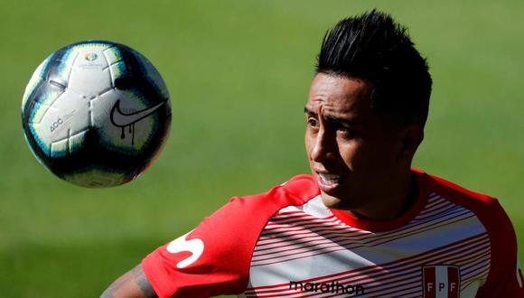 Christian Cueva viaja a Lima para unirse a la selección peruana. (Foto: EFE)