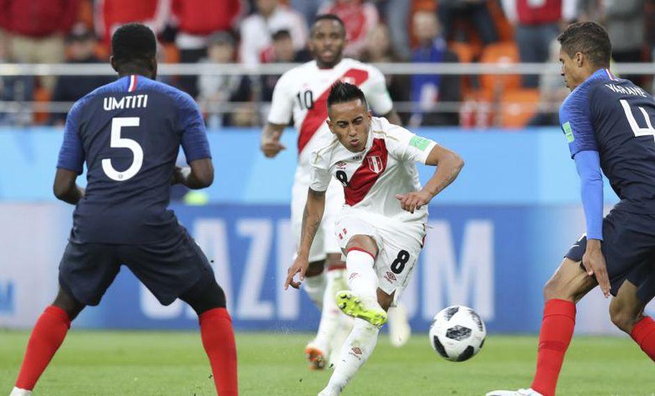 Christian Cueva daría más alternativas a Santos en la ofensiva. (Foto: AP)