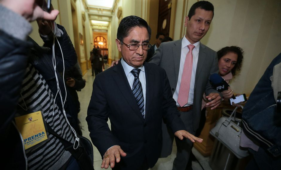 El ex juez supremo César Hinostroza permanece detenido en España, luego que se fugara del Perú. (Foto: Archivo El Comercio)