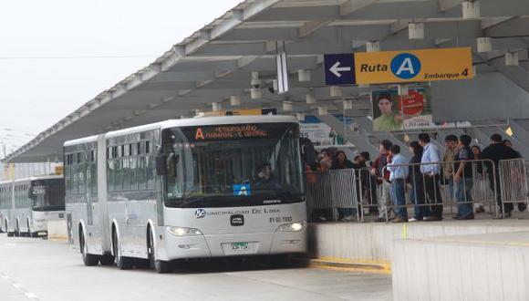 Metropolitano: falla mecánica obligó a evacuar pasajeros