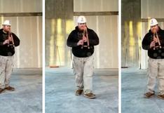 Obrero utiliza la acústica de su centro de labores para crear insólitos sonidos y se vuelve viral
