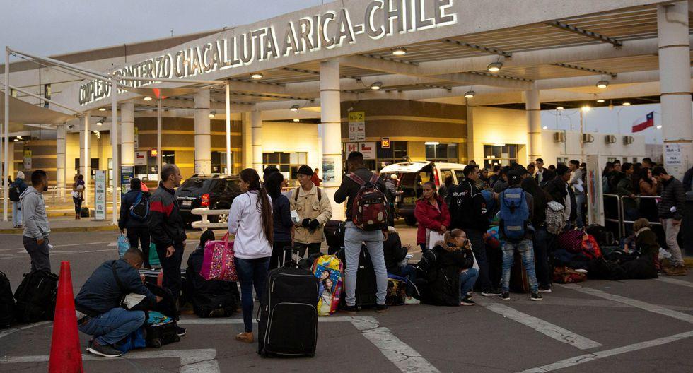 Numerosos venezolanos han quedado varados en la frontera entre Chile y el Perú. (Reuters).