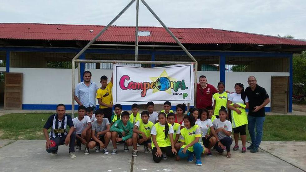 La Federación Peruana de Fútbol  y el Grupo Palmas desarrollan una alianza para difundir este deporte mediante capacitaciones y talleres. (Foto: FPF).