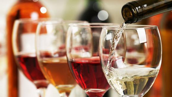 Ya sea para celebrar una ocasión especial o para charlar, el vino siempre será buena compañía. (Foto/Referencial: Shutterstock)