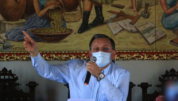 Congresista se resiste a renunciar a la presidencia de la comisión de Fiscalización (Foto: Grupo El Comercio)