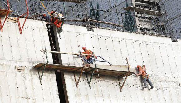 Construcción y servicios sostuvieron empleo entre mayo y julio