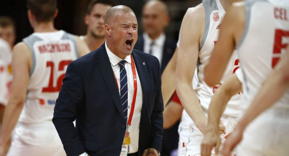 Mike Taylor, entrenador de Polonia. (Foto: AP)