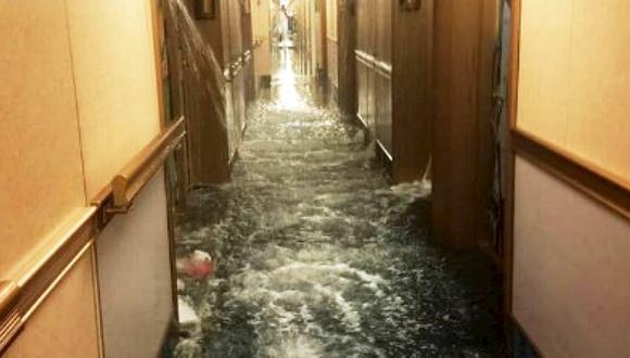 YouTube: Terror en un crucero de la línea Carnival tras inundación de pasillos. (Foto: Captura)