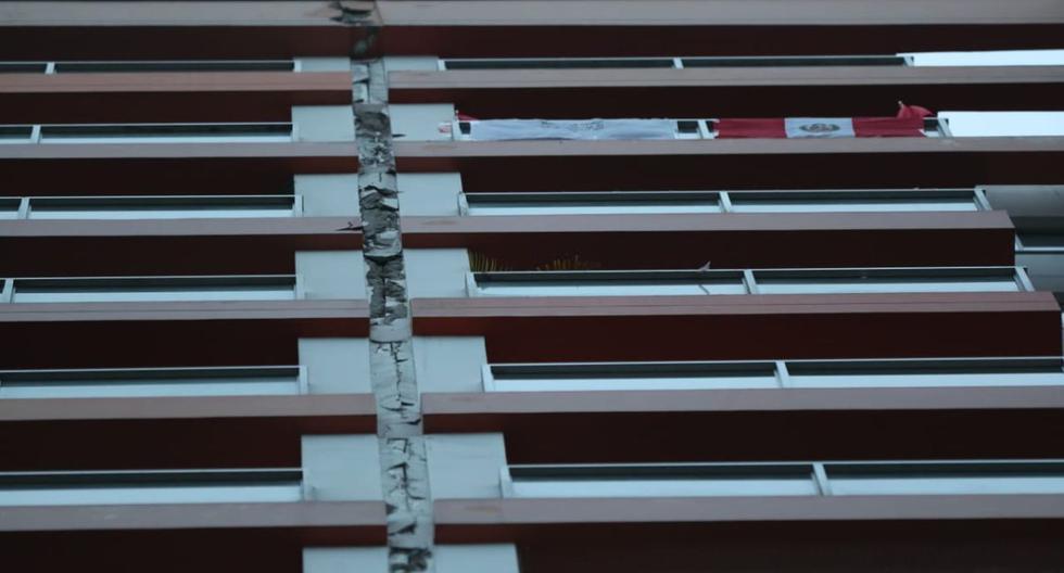 Así se vio afectado un edificio del jirón Huiracocha, en Jesús María, por el sismo del martes por la noche. (Foto: Lino Chipana/GEC)