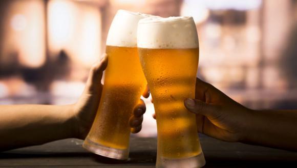 """""""[Para] la industria cervecera está permitido la venta y la comercialización. Lo que no está permitido es la producción"""", indicó Rocío Barrios, ministra de la Producción. (Foto: Freepik)"""