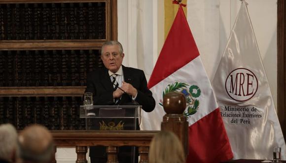El canciller Óscar Maúrtua se presentó ante la comisión de Relaciones Exteriores del Congreso | Foto: Archivo / Cancillería