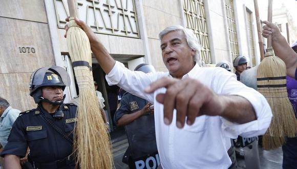 El exministro Fernando Olivera ha postulado en dos oportunidades a la Presidencia de la República. En el 2001 y en el 2016. En este último proceso solo obtuvo el 1.324% de los votos. (Foto: GEC)