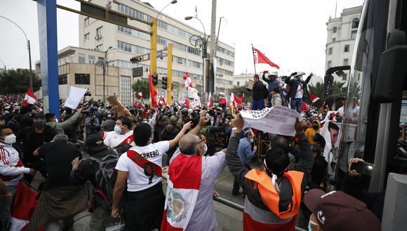 Simpatizantes de Fuerza Popular y Perú Libre durante movilizaciones en Lima. (Foto: César Bueno)