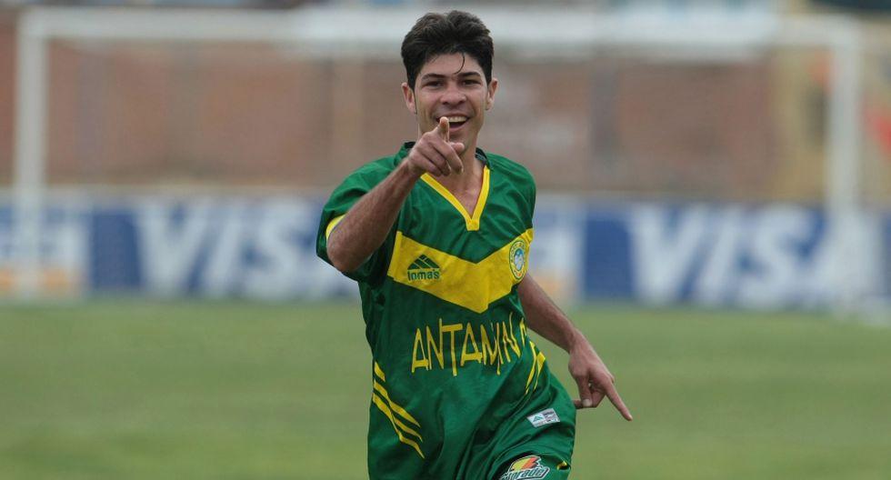Los delanteros extranjeros que la rompieron en el Perú - 16