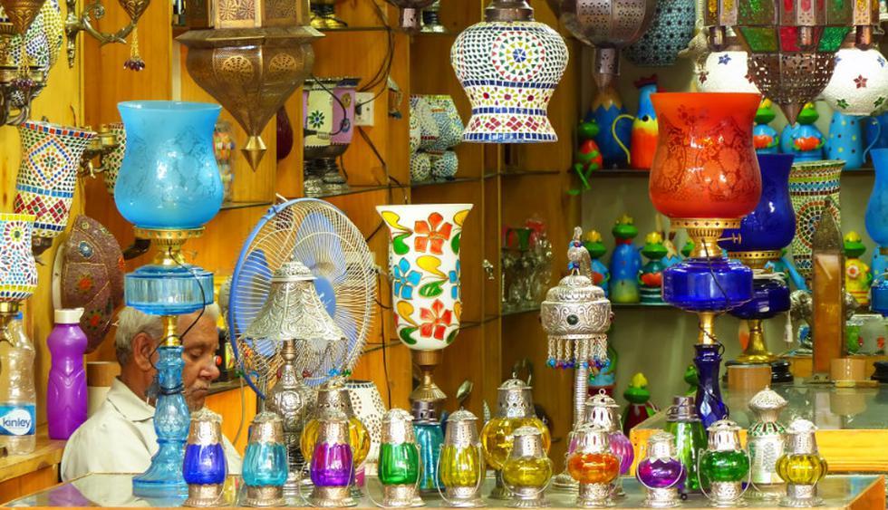 Visita el Johari Bazaar, en la ciudad de Jaipur. Aquí podrás encontrar lamparas y vestimentas típicas. (Foto: Shutterstock)