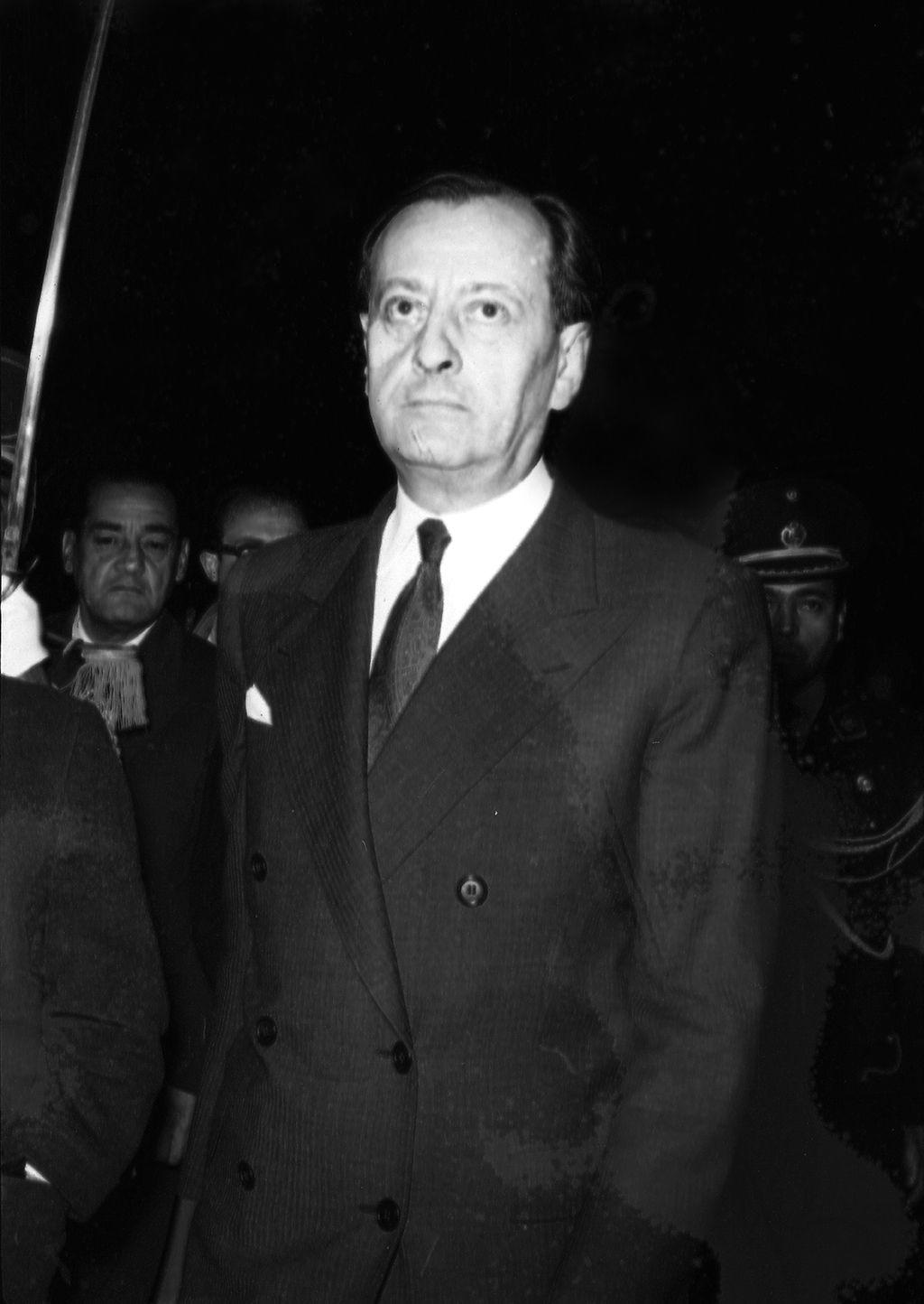 Luego de cuatro días de permanencia en el Perú, entre Lima y Cusco, el escritor francés André Malraux se despidió del pueblo peruano y marchó rumbo a Chile. (Foto: GEC Archivo Histórico)