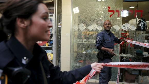 Dos muertos y siete heridos en tiroteo contra pub de Tel Aviv