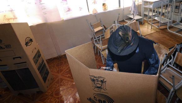 El voto en Ecuador es obligatorio para los ciudadanos entre 18 y 65 años. (Foto: Juan Ruiz / AFP)