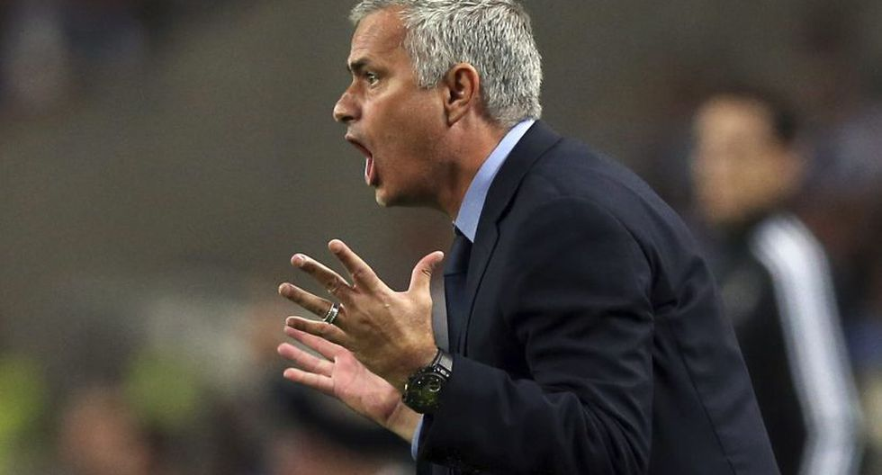 """""""José es uno de los entrenadores más completos al haber ganado 25 destacados trofeos. Es reconocido por su destreza técnica y ha entrenado al PC Porto, al Inter Milan, al Chelsea, al Real Madrid y al Manchester United"""", indicó una nota del Tottenham. (Foto: EFE)"""