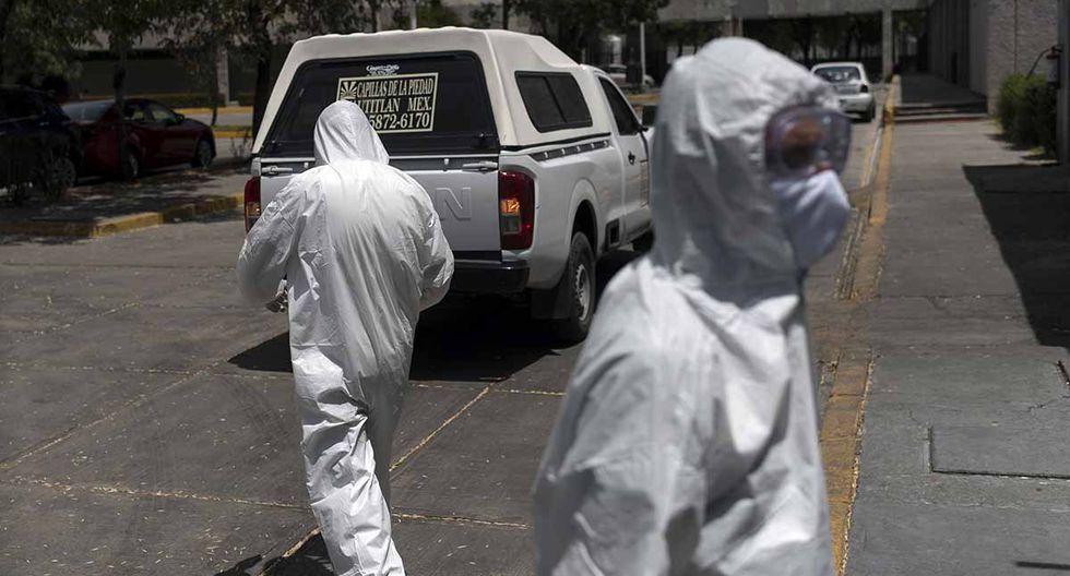Un hombre en estado de ebriedad fue confundido con un paciente crítico de Covid-19 por las autoridades sanitarias de México. | Foto: AFP