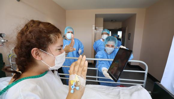La cantidad de pacientes recuperados aumentó este jueves. (Foto: Essalud)