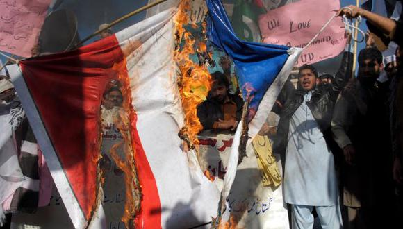 Países árabes enfurecen por caricaturas de Charlie Hebdo