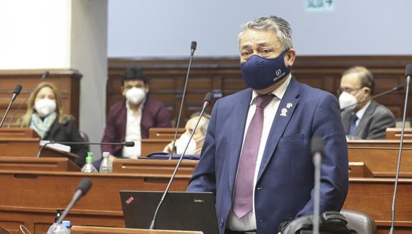 El legislador Rolando Ruiz señaló que este sábado se analizará un nuevo cronograma de trabajo. (Foto: Congreso)