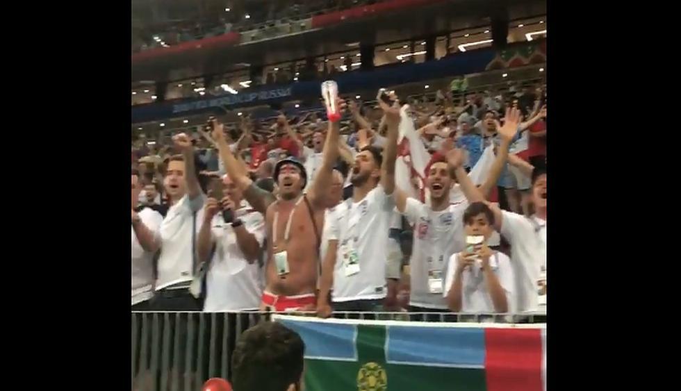 Inglaterra perdió 2-1 ante Croacia y la hincha se quedó en el estadio para cantar conocido tema de Oasis.