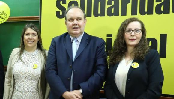 Secretario general de Solidaridad Nacional, Rafael López Aliaga, compartió encuesta falsa, que favorecía a su agrupación política (Foto: GEC).