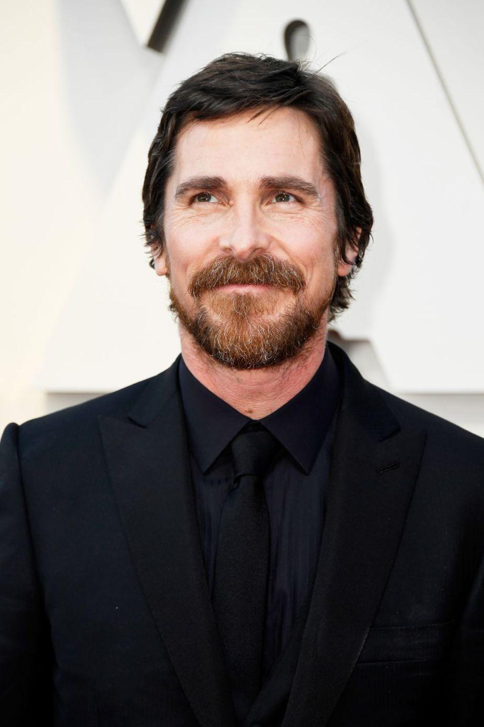 Christian Bale en la alfombra roja del Oscar 2019 (Foto: AFP)