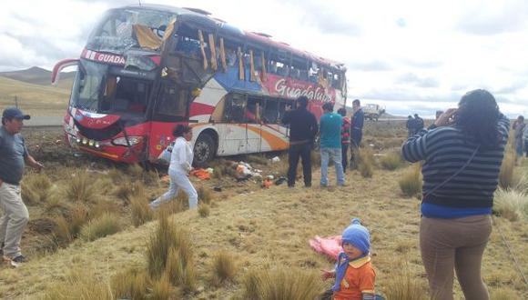 Piura: Miembros de una familia mueren en accidente de carretera