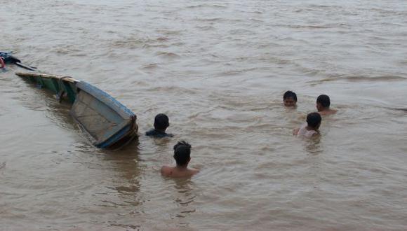 Mujer desapareció tras naufragio de bote por fuertes vientos