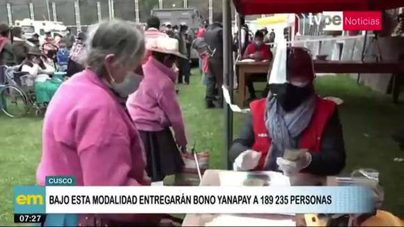 Paying carts in Cusco carry Yanapay and Pension 65 vouchers