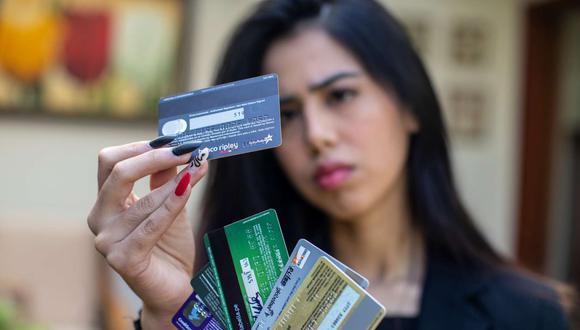 El segmento de 18 a 24 años tiene riesgo más alto al no tener mayor experiencia en el uso del crédito. (Foto: GEC)